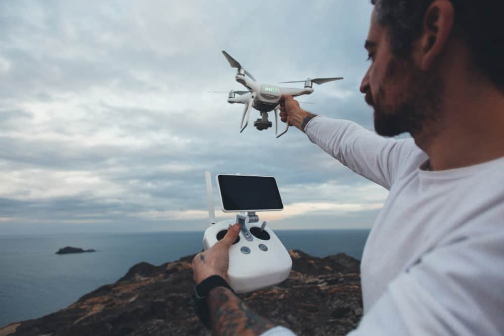 https://www.preflight.co.il/wp-content/uploads/2021/06/professional-drone-pilot-stock-photographer.jpg